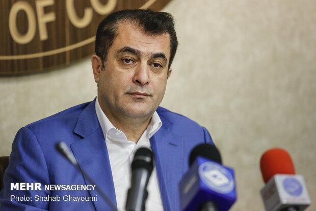 استرماچونی دستیار ایرانی نخواسته، سرپرستی پرویز مظلومی صحت ندارد