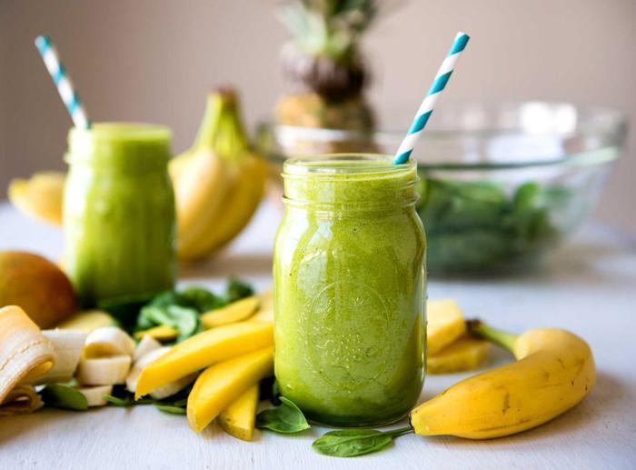 روش تهیه گرین اسموتی نوشیدنی سالم و مقوی