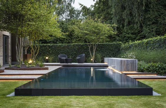آشنایی با طراحی و اجرای فضای سبز